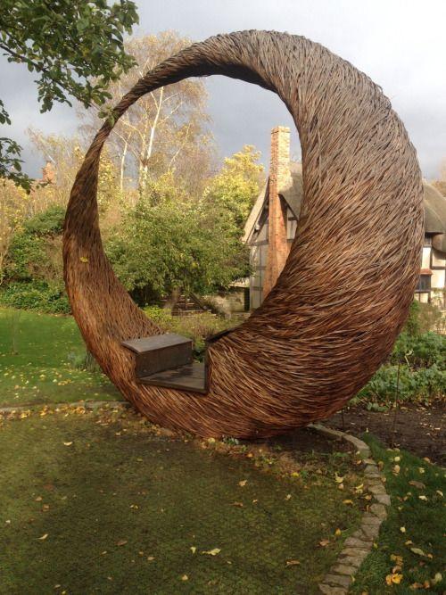Crescent Moon By Tom Hare Natur Kunst Gartendekor Kunst In Der Natur