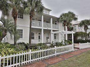 NOT MY FAVORITE,,,4 BEDROOM 4 BATH  Beachy Keen | Destin, FL Homes | Destin Vacation Rentals