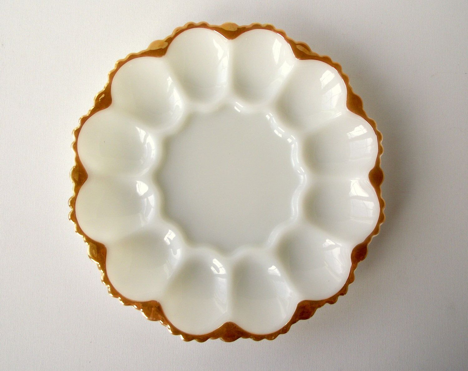 milk glass egg plate with 22k gold from anchor glass deviled