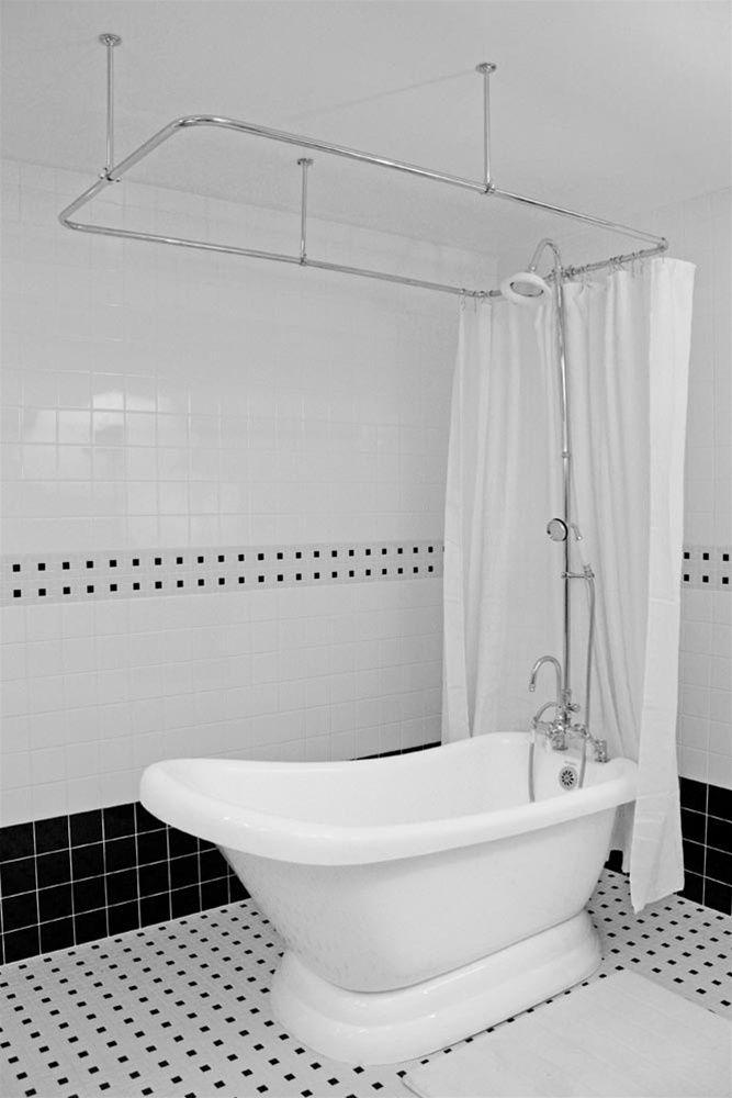 Superior Kids Bathroom   Tub With Shower Curtain?