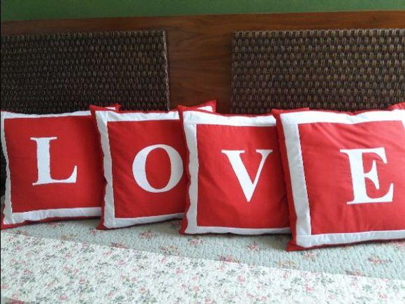 76db4da5e950a0 4 Capas para almofada - LOVE Capa de almofada em tecidos de algodão ...