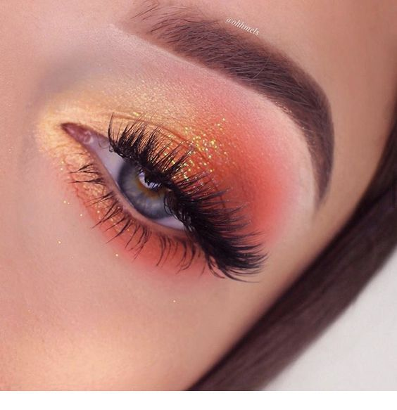 Maquillaje de ojos con brillo naranja – PIN Blogger #glittereyemakeup Maquillaje de ojos con brillo naranja …