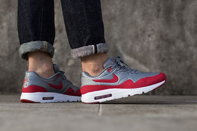 Nike Air Max 1 Ultra Moire Metallic Cool GreyGym Red
