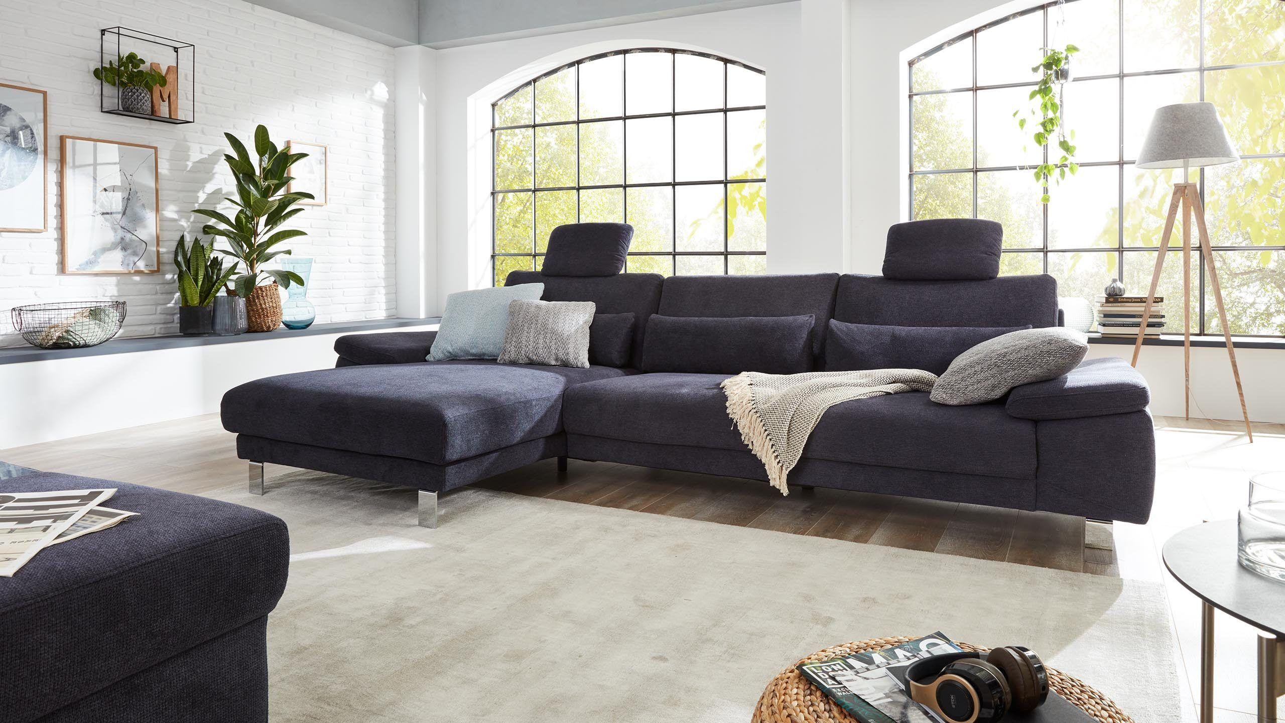 Die Interliving Sofa Serie 4301 Ist In Verschiedenen Ausfuhrungen Erhaltlich Als Klassisches Einzelsofa Eckkombination Oder Grosse Haus Deko Wohnen Wohnzimmer