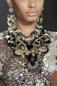 eb178d66a104 Style Watch  Statement necklaces trend