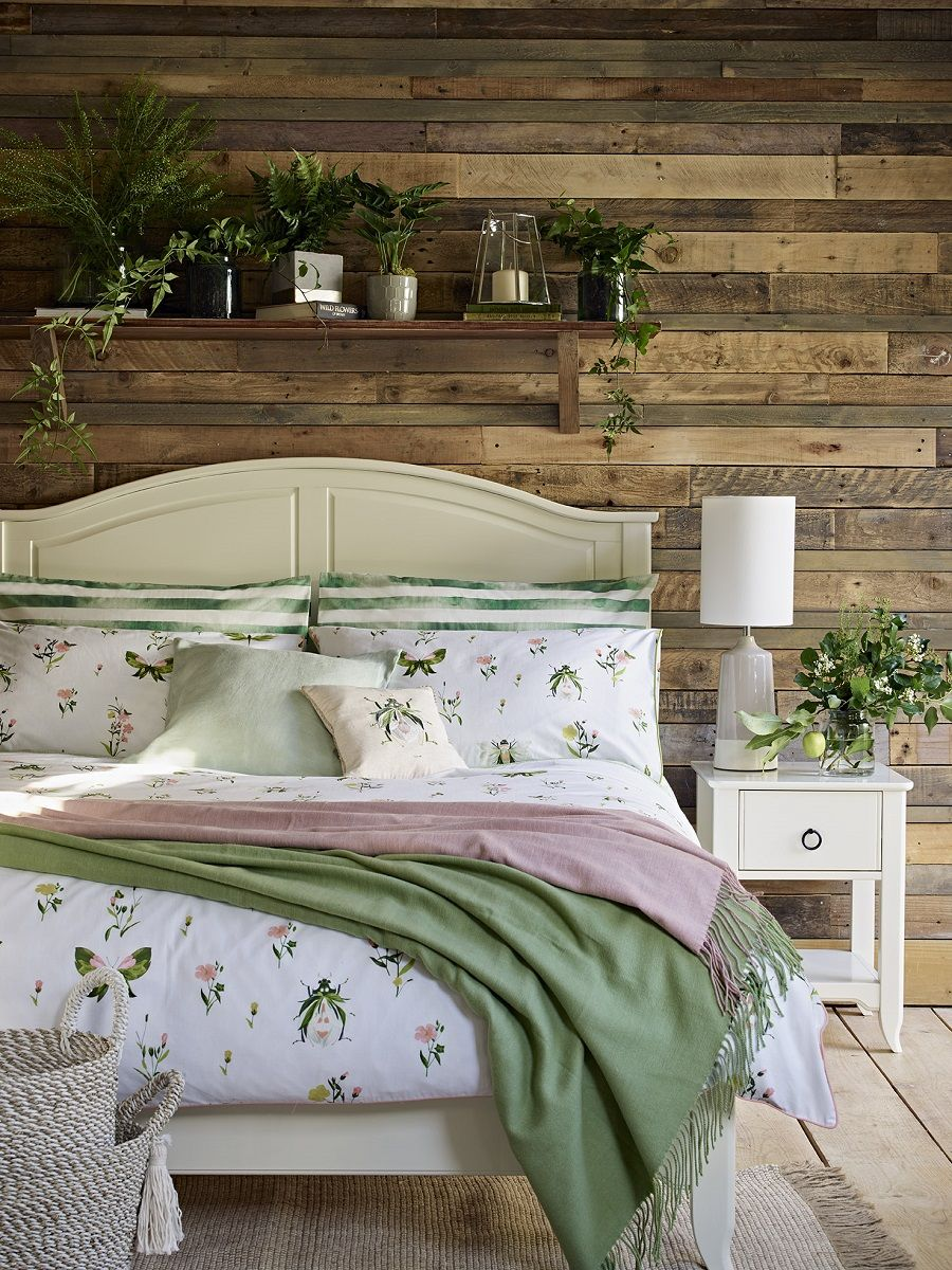 125 Small Bedroom Ideas That Are Look Stylishly Space Saving Page 17 Simple Bedroom Bedroom Design Bedroom Decor