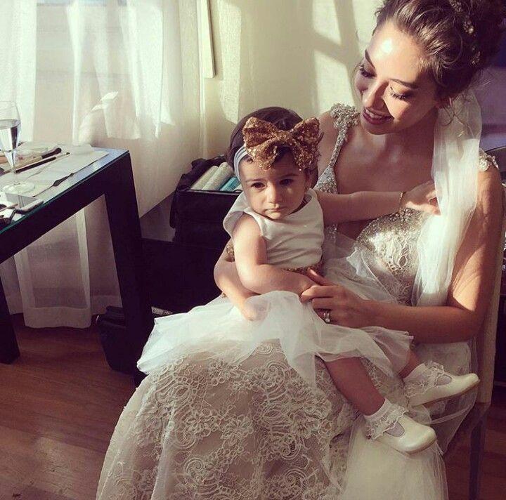 Pin By Shara On Neslihan Atagul Flower Girl Dresses Wedding Dresses Cute Summer Outfits