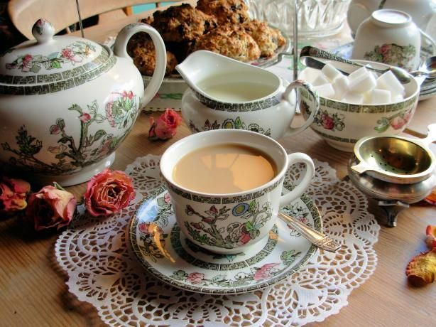 The Perfect Pot And Cup Of English Tea With Trumpers Tea Betty Twyford Lavender And Lovage Recipe English Tea Afternoon Tea English Tea Party