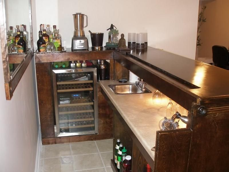 Bar Designs For Basements:endearing Knockout Modern Basement Ideas With  Small Wooden Glossy Table Bar