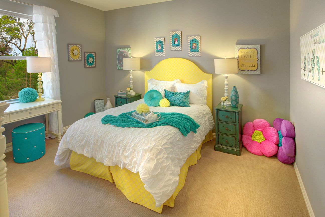 Lakeside DFW model home in Flower Mound, Texas bedroom 2