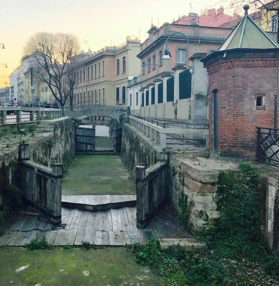 @RobRe62: #Milano Buongiorno #Milano Ecco alla conca dell'Incoronata Foto di Marco Ponzano #milanodavedere https://t.co/GoarC16l7i via @Milanodavedere