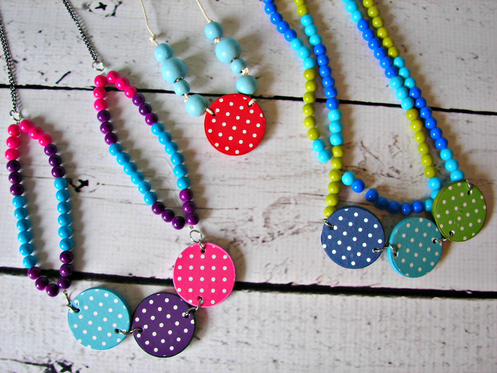 Vinyl On Necklaces Tutorial So Cute From The