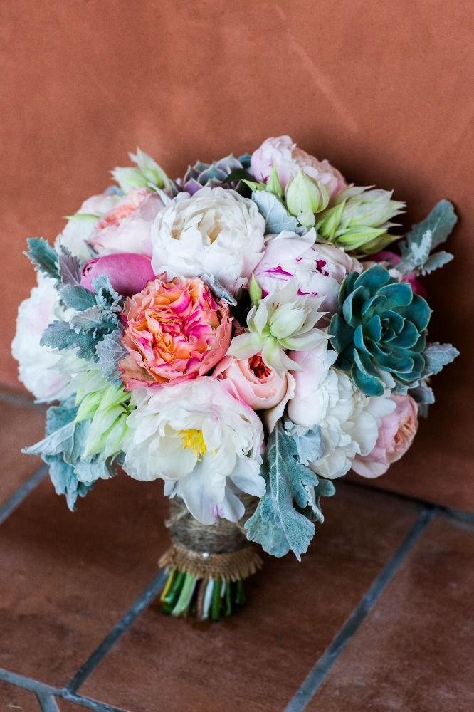 Love this bouquet with succulents | Carats & Cake | Jan Garcia Photography