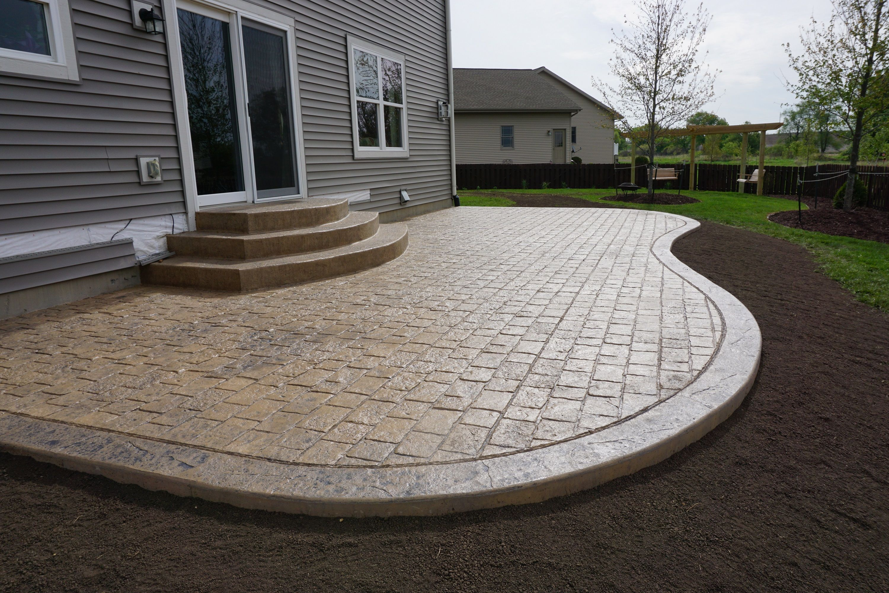 Portfolio Mayan Cobblestone With Images Concrete Patio Designs