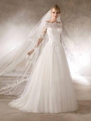 Haloke Ist Ein Brautkleid Im Prinzessin Stil Mit Tullrock Und