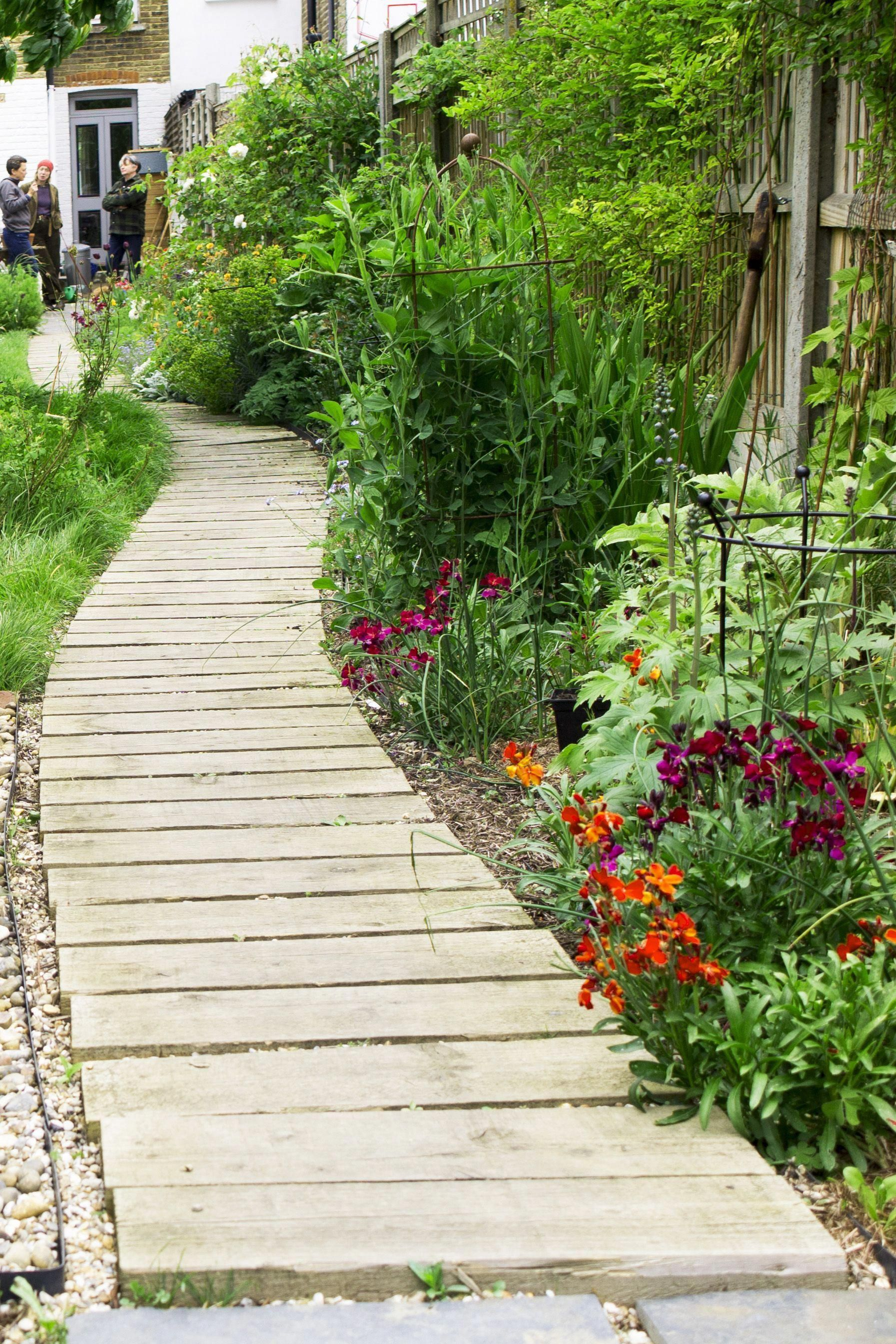 Photo of Article: Choose the right garden path for your garden. Affordable, stylish garde…