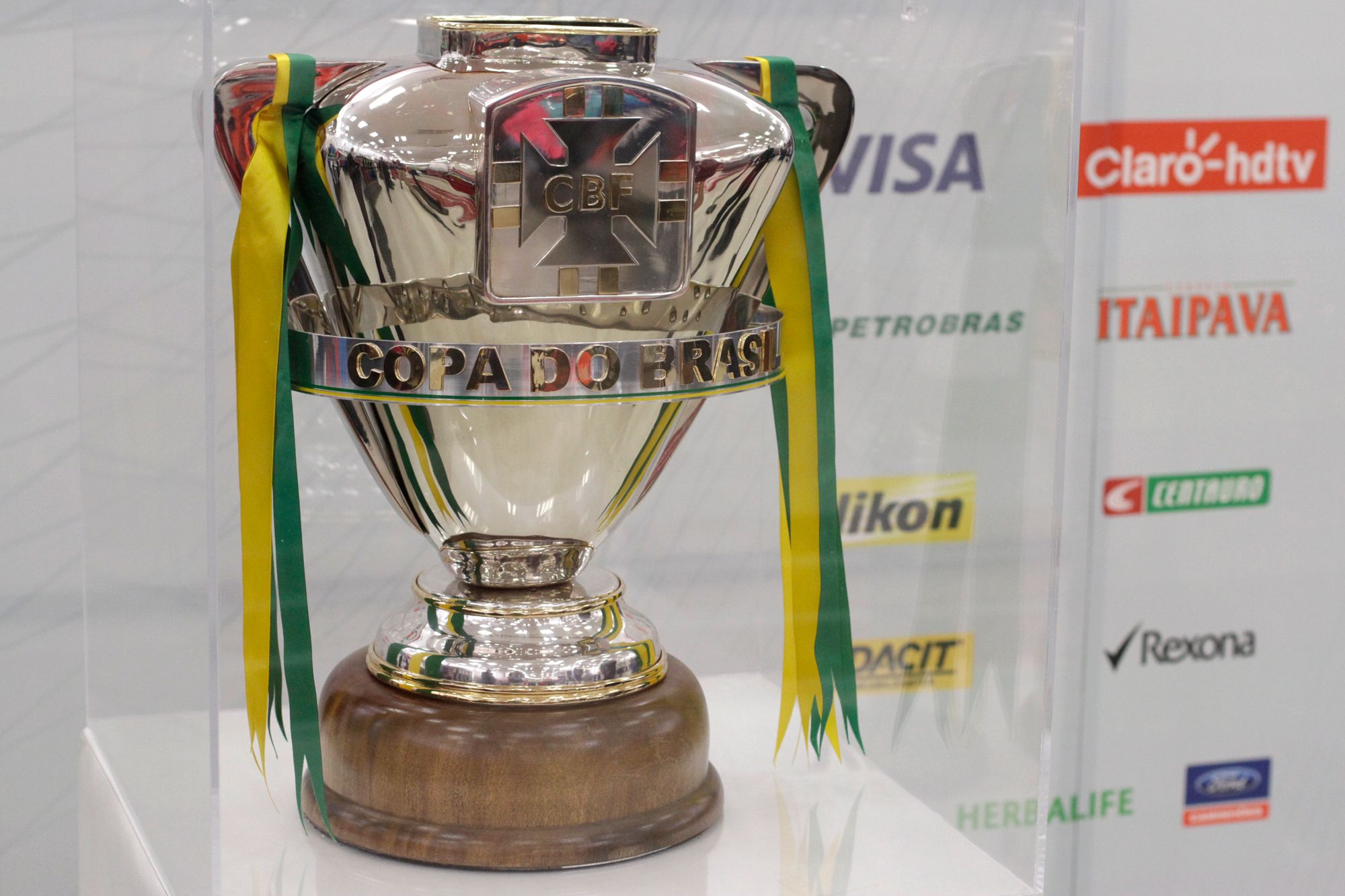 Clássicos cariocas e paulistas podem marcar 8ª de finais da Copa do Brasil #globoesporte