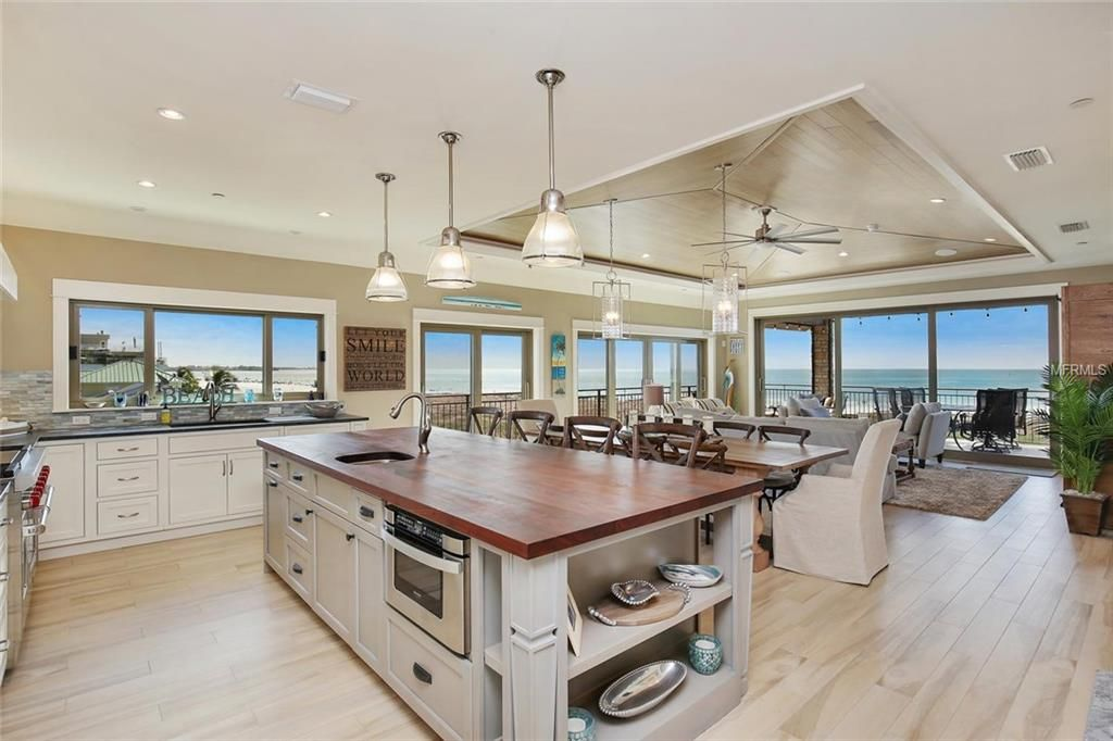 SOLD - Siesta Key condo with stunning Gulf of Mexico and