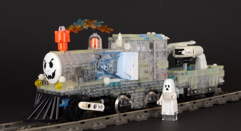 ghost train - Lego Halloween Train