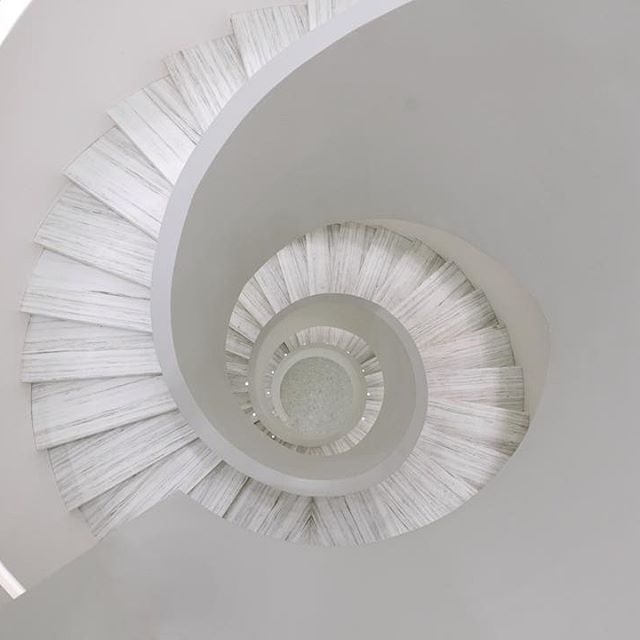 Best The Spiral Staircase At The New Downtown Barneys New York 400 x 300