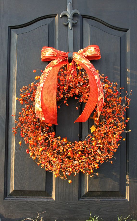 Beautiful Berry Wreath For Fall Decorations Outdoor