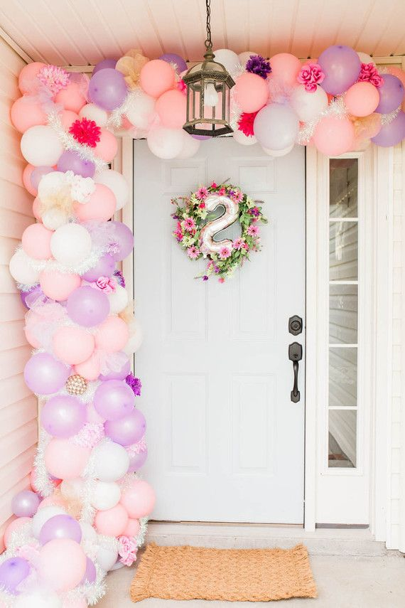 Como Se Llama 1st birthday by Borrowed Blu   Kids Birthday Parties   100 Layer Cakelet #tropicalbirthdayparty