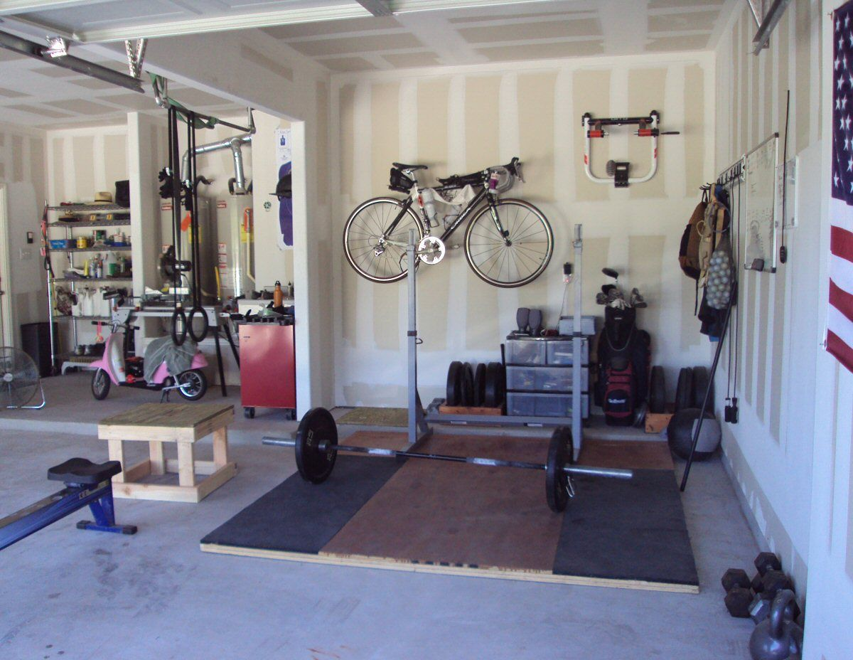 My new crossfit garage gym and squat stands