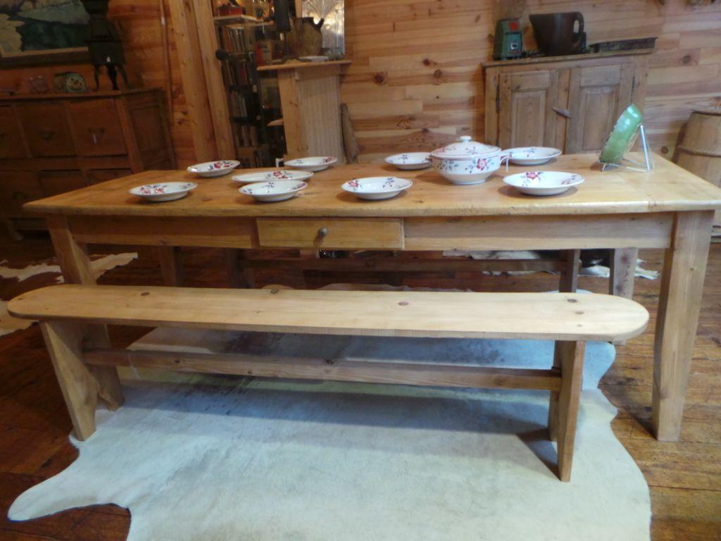 Table De Ferme Ancienne Savoie Art Populaire Table De Ferme Ancienne Table De Ferme Ferme Anciennes