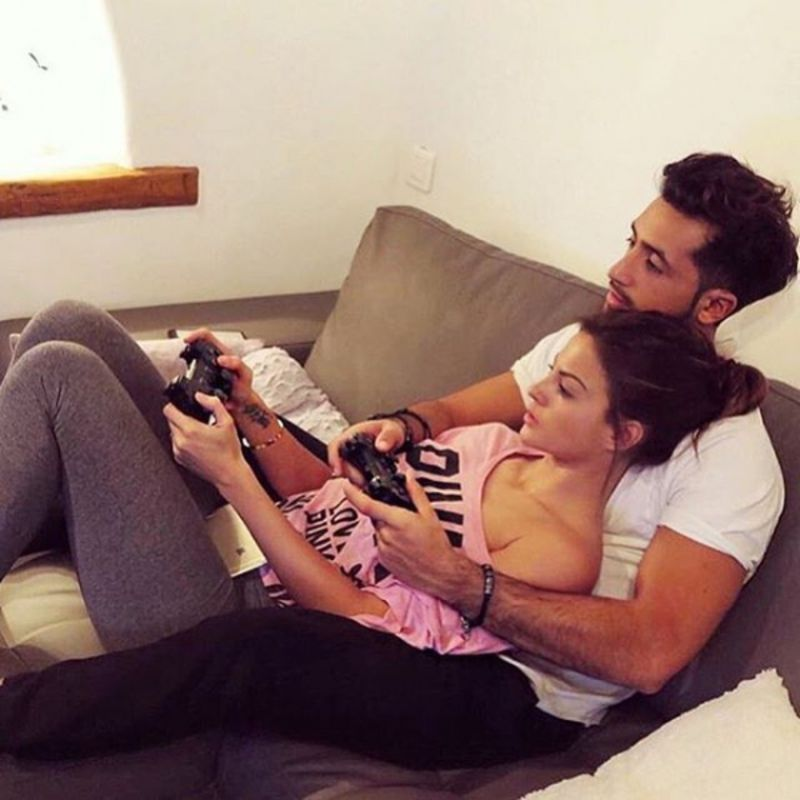 30 Fun At Home Activities To Do With Your Boyfriend Relationship Couples Relationship Goals