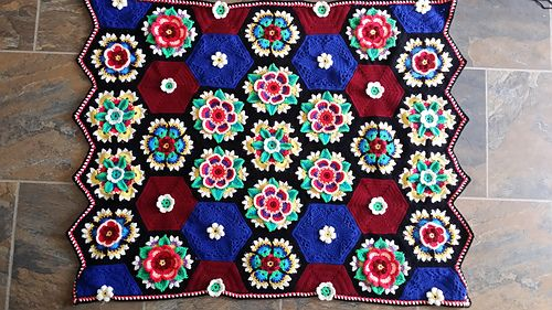 Ravelry: MMdeR's Frida's Flowers Blanket