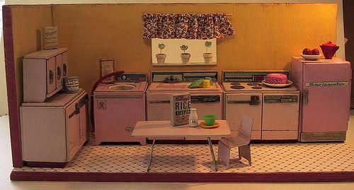 tin kitchen box full by dandysourcandy, via Flickr