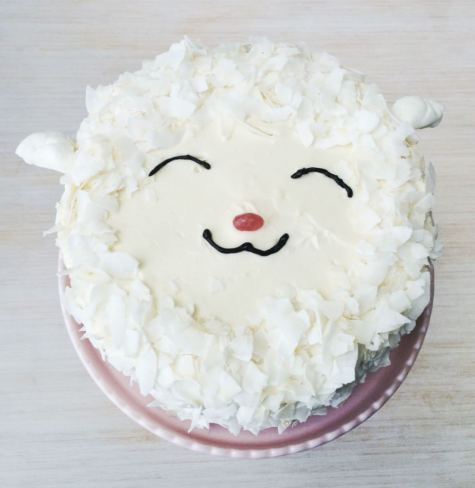 This Lamb Cake Is The Cutest Easter Dessert With Images Lamb