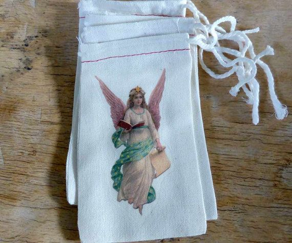 Christmas Favor Bags Old Fashioned Angel Full by RobinStelling Gift card holder muslin bag