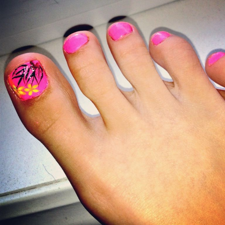 Toe Nail Design For Summer Time Pink Flowers Professionally Done