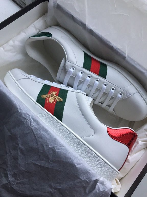 dff84825aff Pickup  Gucci Ace Embroidery   Sneakers