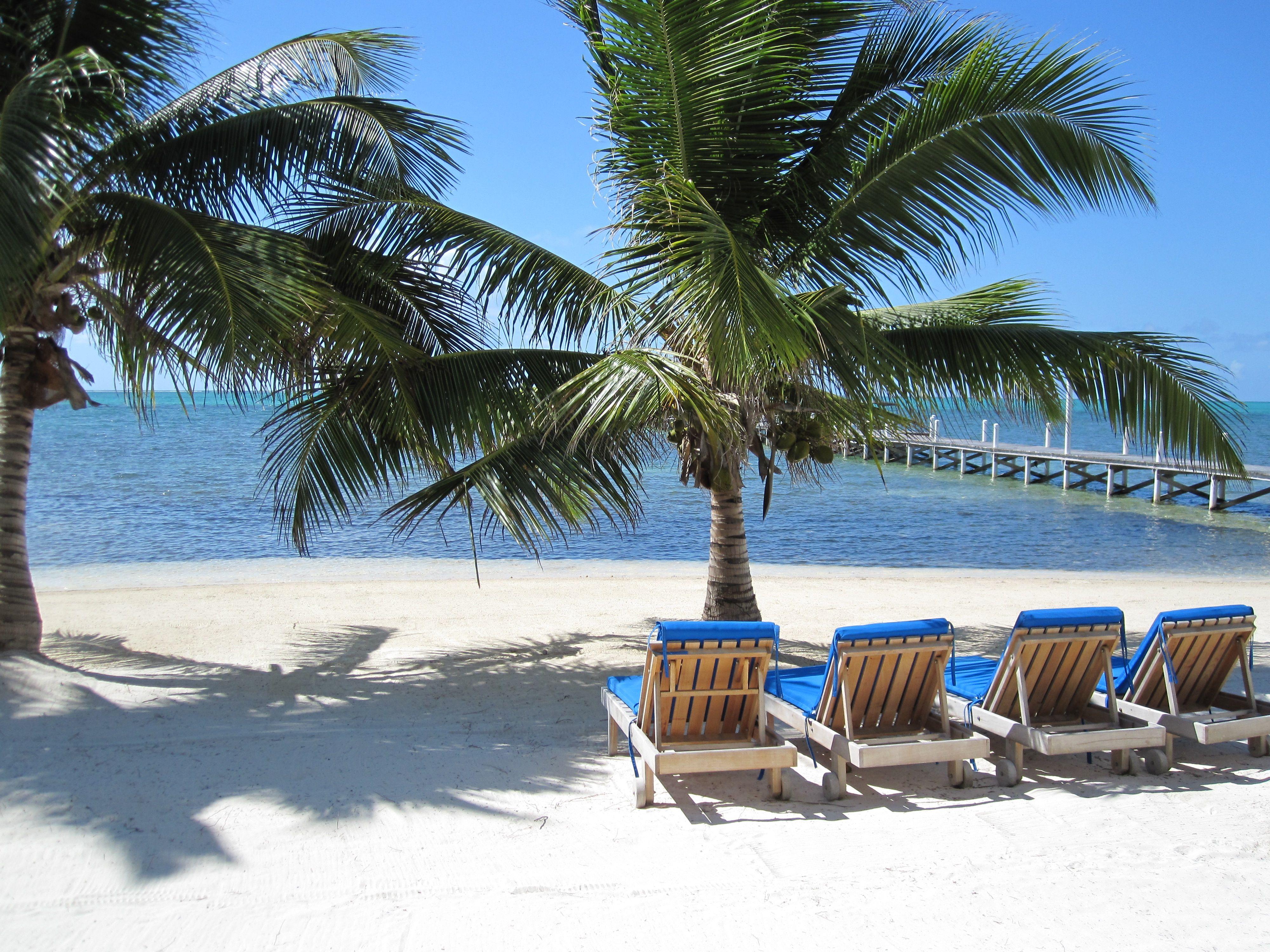 10 hoteles con playa privada lugares que visitar for Hoteles en islas privadas