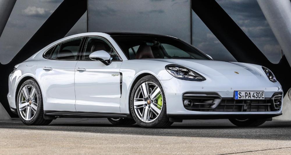 بورش باناميرا 4 أس إي هايبرد 2021 الجديدة سيدان أنيقة هجينة وذات أداء فائق موقع ويلز Porsche Panamera Porsche Panamera Sport Turismo