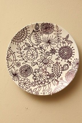 decorate plate with sharpie for plate wall?  sc 1 st  Pinterest & decorate plate with sharpie for plate wall??? | Sharpies ...
