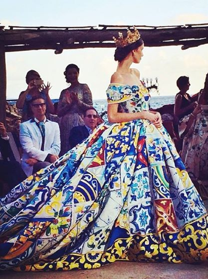 c5bf33d40d Royal queen ball-gown in regal motif tiles collage print at Dolce ...