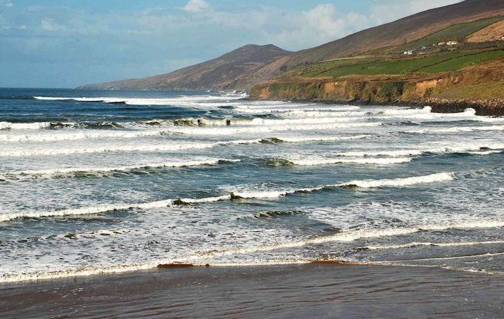 The Best Surf Spots In Ireland Best Surfing Spots Surfing Mavericks Surfing