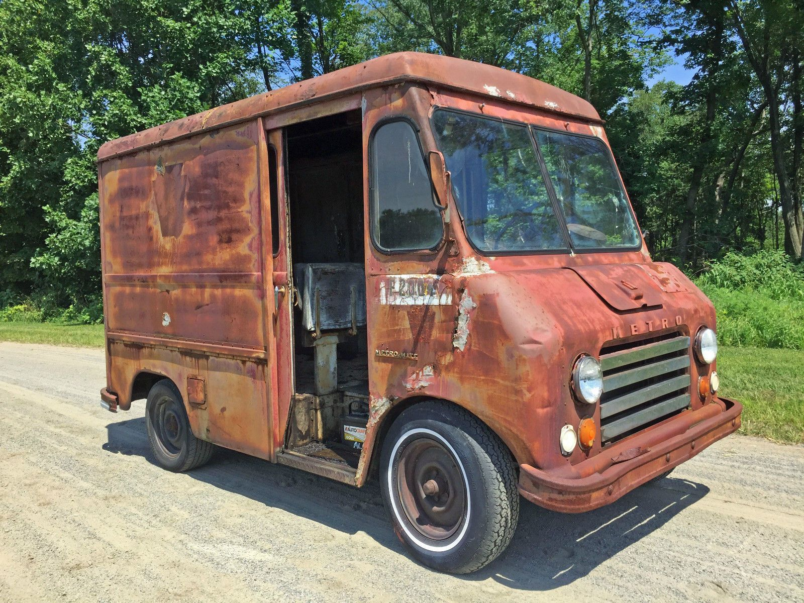 1963 international harvester metromite