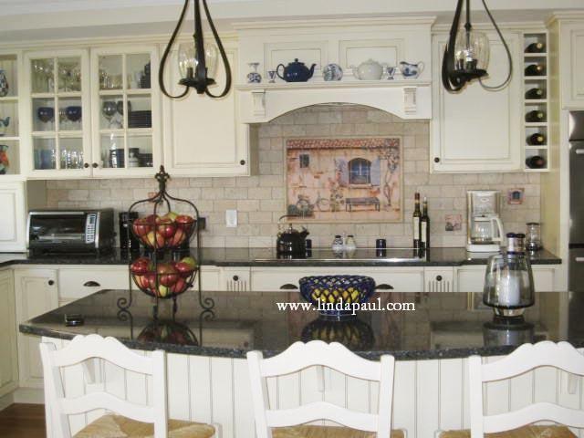 Country Kitchen Backsplash, French Country White Kitchen Cabinets