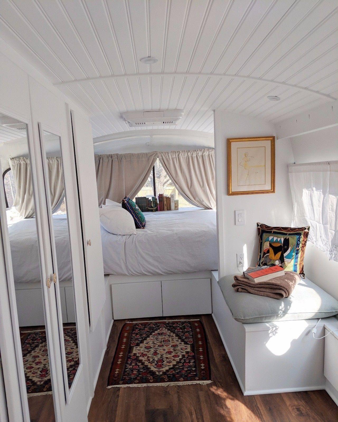 Photo of Wie man einen Bus in ein Van Life-Video verwandelt #aus #ausgegeben #bus #einen …