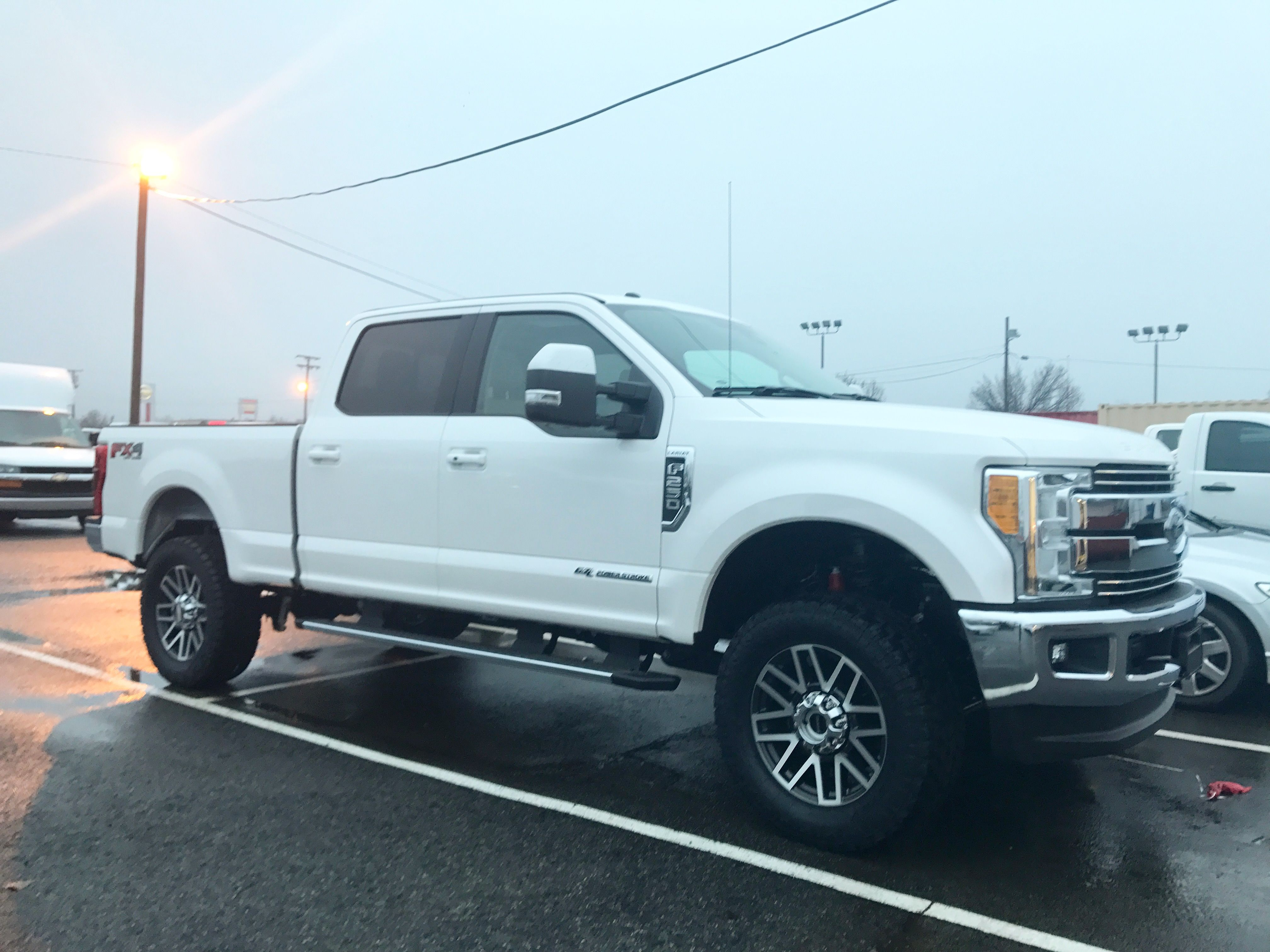 2017 f250 we did for a customer readylift level kit 35 tires