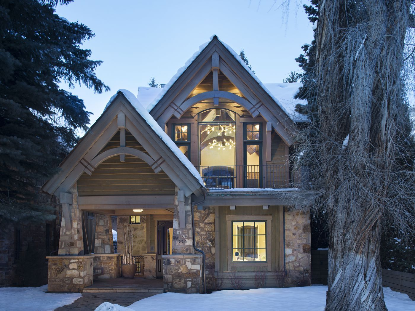 This Aspen Ski Chalet Went From Boring
