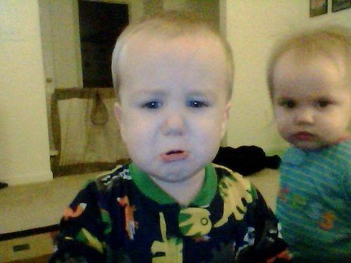 They calm kids down by showing them how to take selfies. | 24 Reasons Kids Should Never Be Left Alone With Their Dads