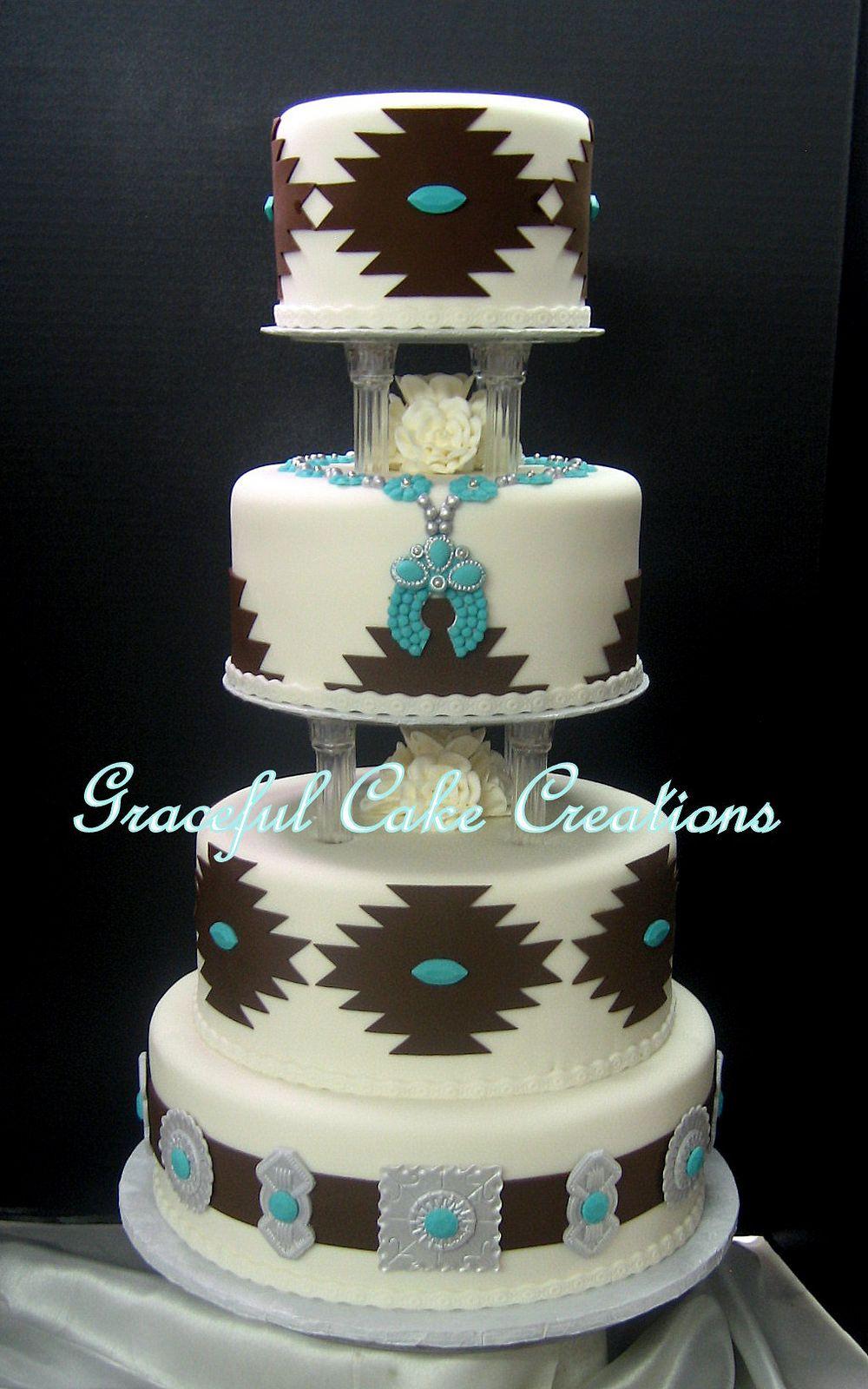 Elegant Navajo Design Wedding Cake | Pastelitos y Tortilla