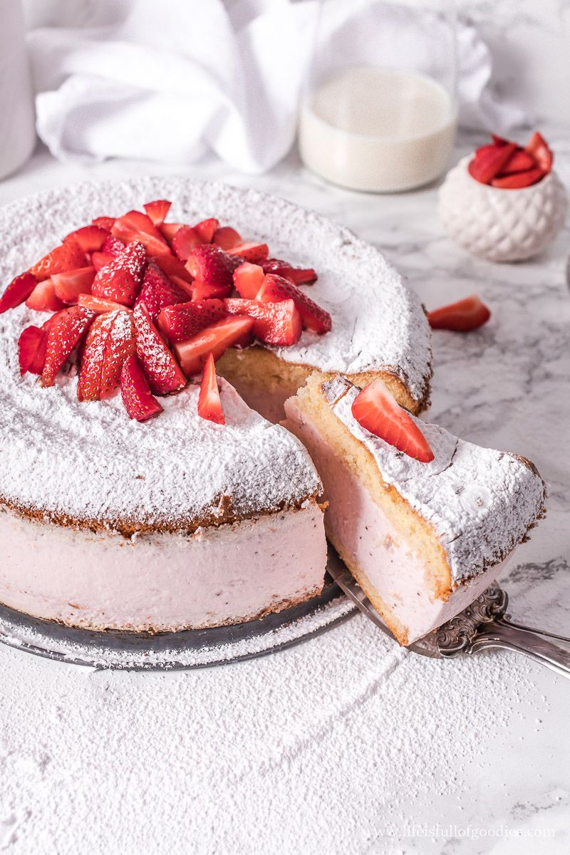 Erdbeer Kasesahne Torte Life Is Full Of Goodies Rezept In 2020 Kuchen Und Torten Rezepte Kuchen Und Torten Leckere Torten