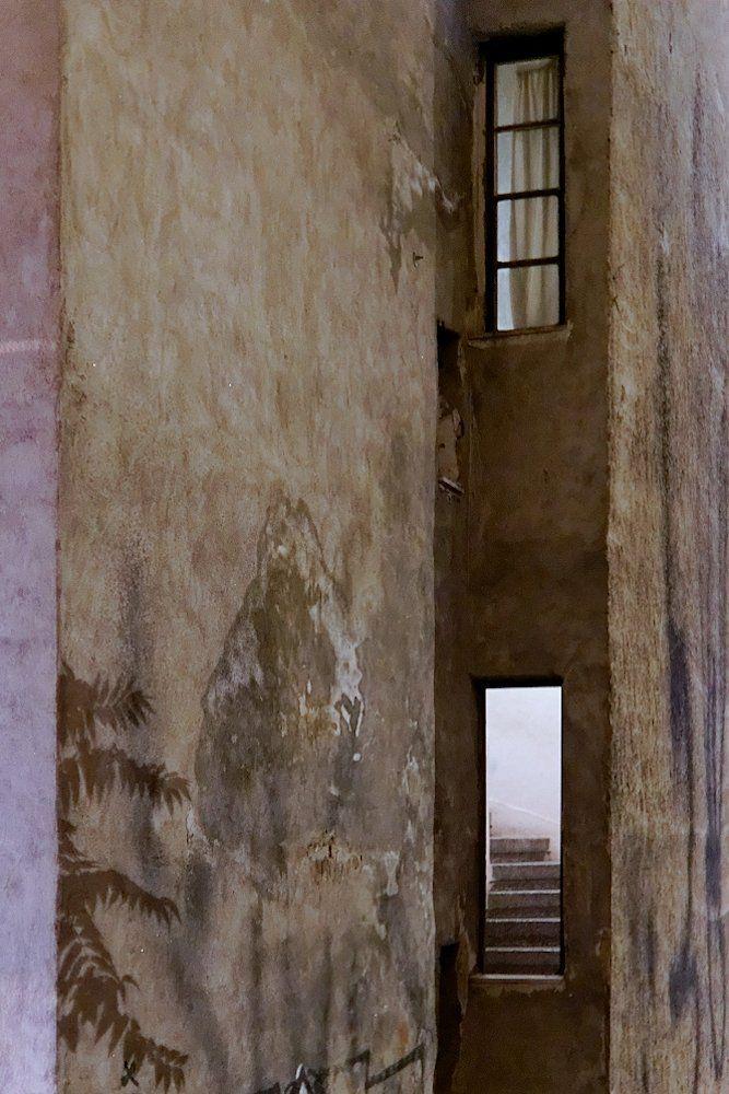 Πίσω όψη κτιρίου στην Αγ. Δημητρίου (Αύγουστος 2016)