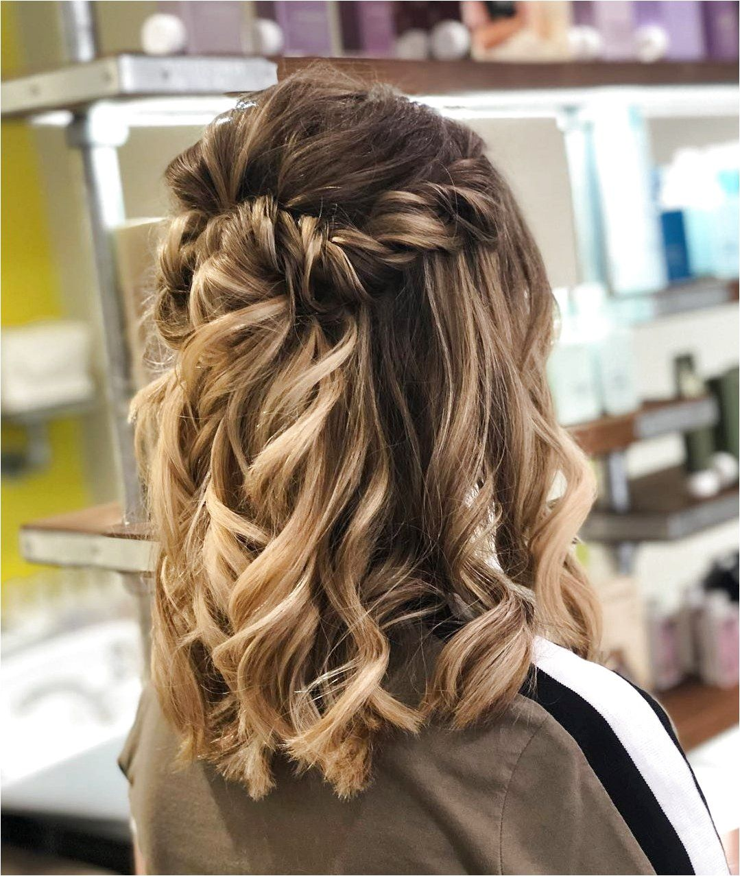 More prom hair . . #EasyPromHairstyles click for info ...